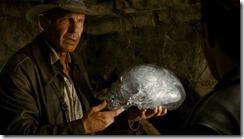 череп хрустальный индиана джонс